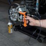 brake-fluid-testing-kit-maxpro-vaccum-in-action