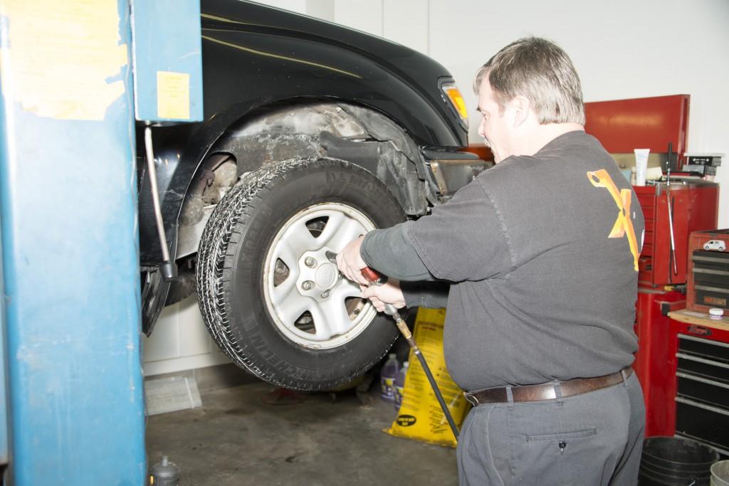 Front Wheel Brake Inspection 04