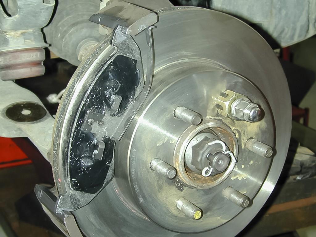 Brake Lubrication 06