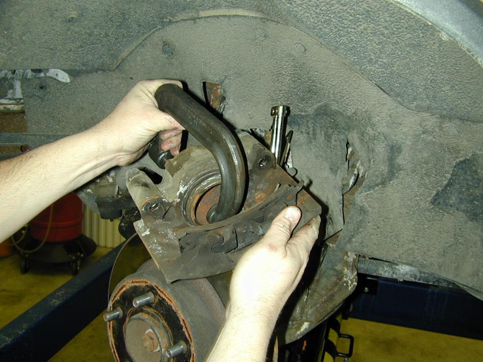 Brake Hose Service Idea 14