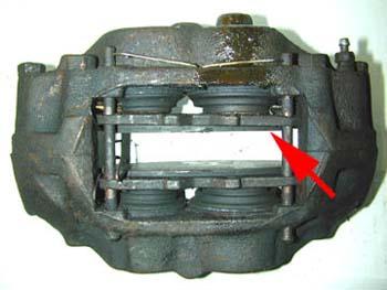 End of pad experiencing wear caliper piston not releasing (4 piston caliper)